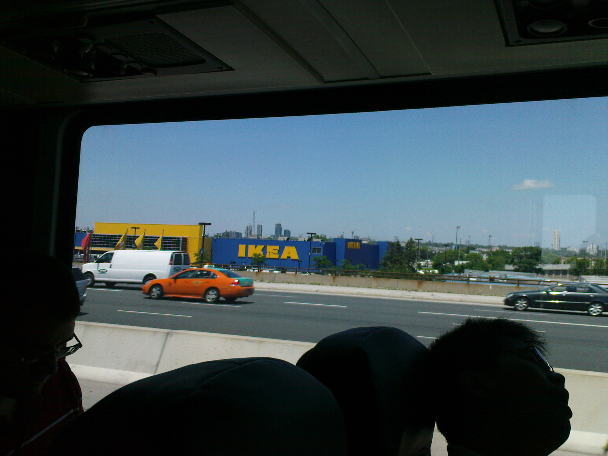 Ja, es gibt in Kanada auch IKEA