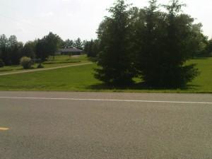 Haus mit mehreren Hektar Land, aber der Rasen ist gemäht!